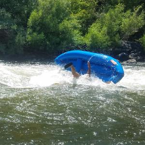 surf-wave-kayak-flip-4